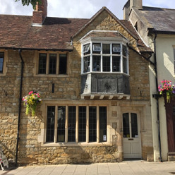 Shop to let in Cheap Street, Sherborne